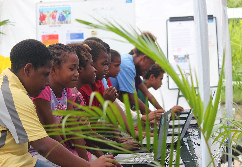 Breaking barriers, developing digital skills